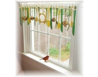 FREE SHIPPING! Savings of Twenty Dollars Shipping Costs! Green Tea and Honey Kitschy Kitchen Window Treatment Valance Curtain