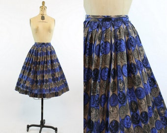 50s Rooster Skirt XS / 1950s Vintage Pleated Cotton Midi Skirt / On the Farm Skirt