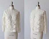 Vintage Cropped Lace Bolero Jacket Top / 1950s Lace Wedding Jacket / White Lace Blouse / Long Sleeve
