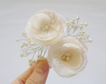 Romantic chic hair accessory, Floral hair comb, Blush pink and Ivory hair flowers, Flower Girl hair accessory, bridal hair accessories