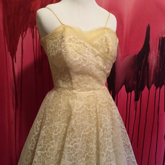 Light yellow lace prom dress vintage 1950s pale yellow cream for Yellow wedding dresses for sale