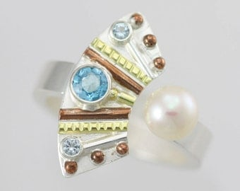Totem with 3 Stones Split Ring with Pearl (Blue Topaz) in Sterling SIlver