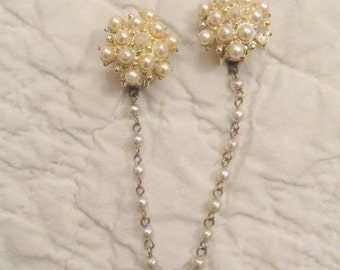 Vintage Sweater Clip / sweater guard faux pearls needs TLC
