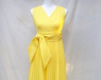 SALE 60s Bright Yellow Pleated Dress size Small Sleeveless Mini