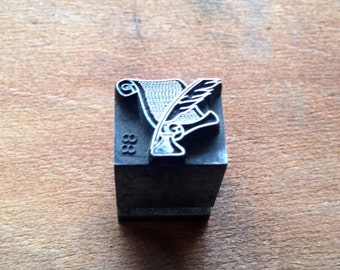Vintage all metal PRINTERS BLOCK Quill and Scroll
