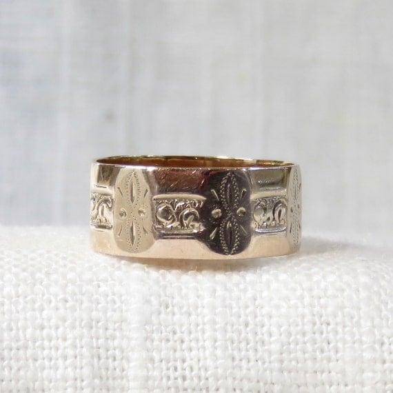 10k gold cigar band wedding ring
