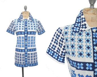 1960s mod shirt / tile print blue and white geometric blouse / 60s blouse