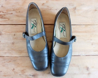 brown leather mary janes / size 7.5 / Ros Hommerson 1990s comfort shoes
