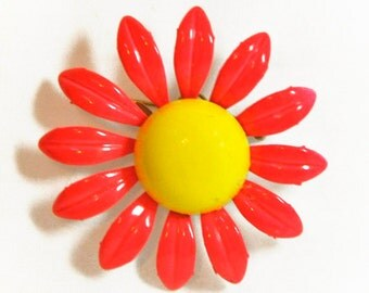 1960s Hot Pink and Yellow Enameled Vintage Flower Pin Brooch