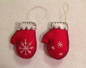 Set of 2 Felt Mitten Ornaments