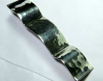 Hammered Modernist Wavy 800 Silver Brooch Pin Made in Germany