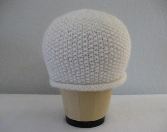 Cashmere, Merino Wool Beanie in White or Ivory. Hand Knit Hat. Winter Accessories.
