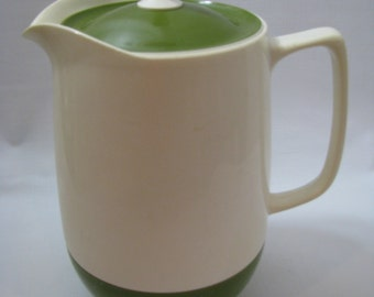 Vintage Thermos Insulated Ware Green & White Plastic Pitcher with Lid