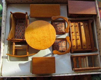 Dollhouse Decor 11 Piece Wooden Dining Room/Kitchen Set-Original Box #44