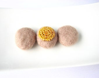 3 tan flat felted wool pebbles / beads. Felt wool beads, earty tones, mustard seed beads, circle decoration, woodland decoration, minimalist