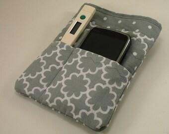 Nurse scrubs pocket organizer, purse organizer, lab coat pocket organizer - Made to Order in two sizes- Gray and White Geo Print