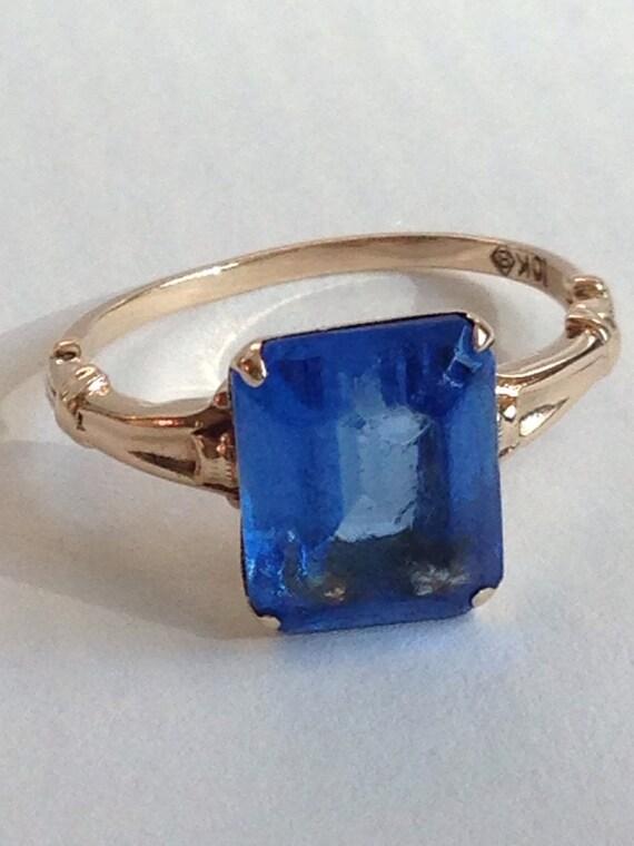 Antique Gold Ring/ Art Deco Ring/ Sky Blue Stone/ 10k Gold