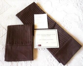 Vintage but Unused  Chocolate Brown NEW NWT Sateen Palais Royal Pair Large KING