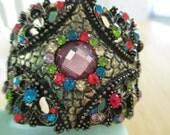 VINTAGE COSTUME JEWELRY   / Rhinestone cuff bracelet