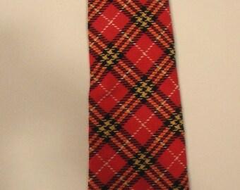 SALE Men 70s punk tartan plaid tie Playboy Mad Men preppy Montgomery Ward polyester designer