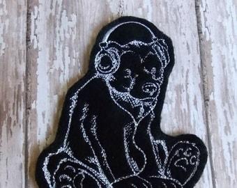 Rockin Bear Embroidered Felt Patch, Bear with Headphones. Music