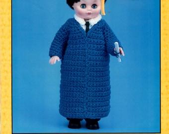 Crochet Jeffery College Graduate Graduation Gown Robe Mortar Board Fringe Dress Shirt Tie 13 Thirteen Inch Doll Craft Pattern Leaflet