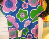 Groovy Flower Power Tablecloth & 4 Napkins