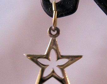 10% OFF SALE OPEN Star Gold Vermeil Sterling Silver Charm Pendant Vintage Jewelry Jewellery