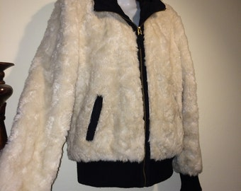 Vintage 80s Fluffy White and Black Ladies Attached Hood Boho  Faux Fur Coat Size Large