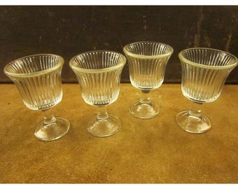 Ribbed Cordial Glasses – Short, Clear Glass, Flared Glasses – Small Wine Glasses - Set of 4 - Vintage Stemware
