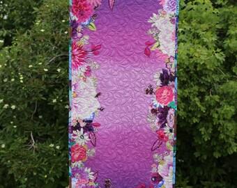 MarveLes PARIS GIBSON Tablerunner PATTERN  Floral Collage Home Decor