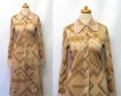 1960s/ 70s Vintage Goldworm Jersey Dress / Café Cocoa Crème Geometric Print Dress