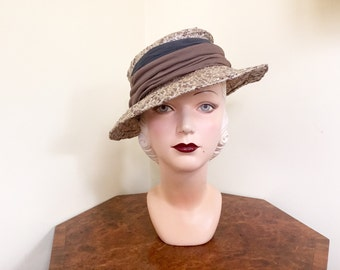 Vintage 1930s hat Glamorous Oatmeal raffia straw with brown and milk chocolate chiffon 22