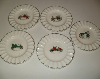 Group of Vintage Cars Plate Collection, Cool Vintage Look, Kitchen Decor, Wall Hanging, Decorative Plates, Unique Plates, Plates