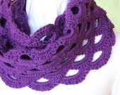 Crochet Cowl Patterns, Crochet Pattern for Cowl, Scalloped Crochet Infinity Scarf Design, With Love Yarn Pattern