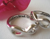 2 stamoed (Sisters with a heart) Infinity rings, friendship, college ring, love forever, big and little sisters ring