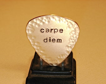 Carpe diem bronze guitar pick with hammered borders - GP785