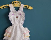 Vintage Rosebud Print Baby Girl's Romper with Ruffles - Size 6-9 Months