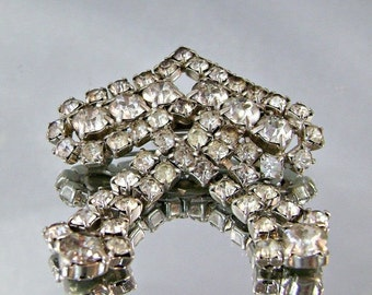FALL SALE 1940s Vintage Brooch Clear Rhinestone Bride Wedding Dangling