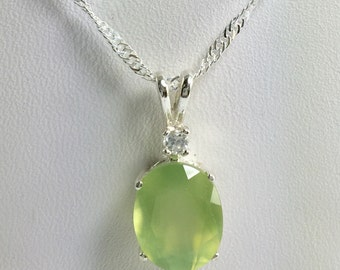 Prehnite Gemstone 11x9mm 3.90ct Sterling Silver Necklace Pendant Natural Untreated