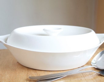 Cooking Dish, Mid Century Modern, Centura By Corning, White Coupe, 1 Quart Saucepan, All White, Atomic, Housewarming Gift, Lidded Dish