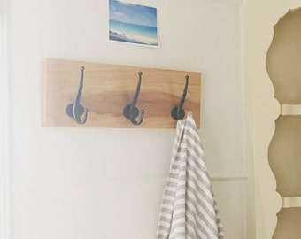 3 Hook Scarf Rack. Natural Hickory Hardwood Coat Rack. Home Organizer. Handmade Home Decor. Light wood. Scandinavian Design.