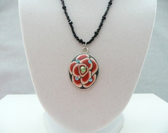 nnm-Red and Black Oval Floral Polymer Clay and Bead Necklace