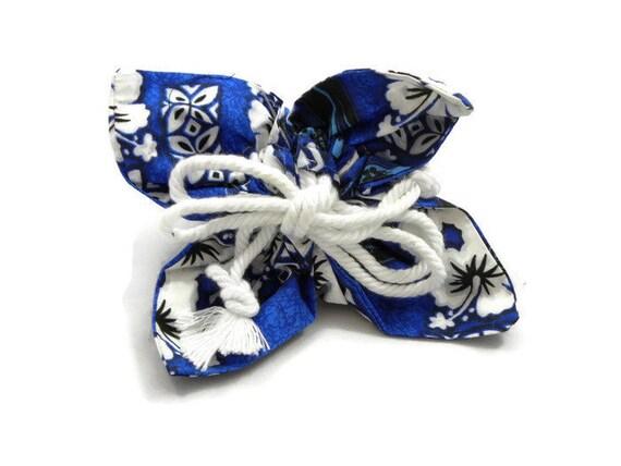 Hawaiian Drawstring Jewelry Pouch