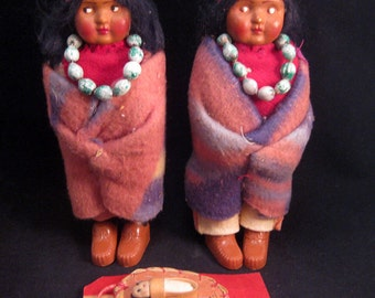 """Vintage Skookum Bully Good Indian Dolls 6"""" Tall 1950's W/papoose Wool Blanket Clothes"""