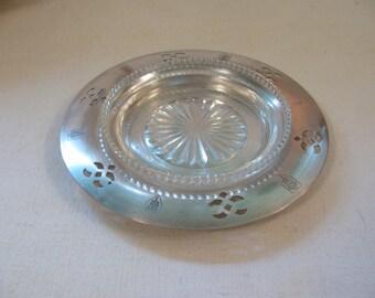 Vintage Silverplate Wine Bottle Coaster - w/ Glass Insert - Shabby Chic