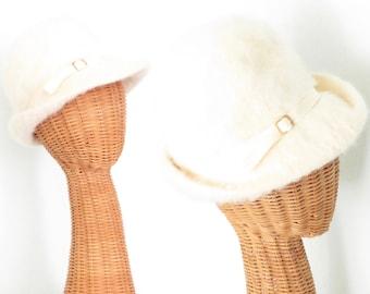 Vintage 60s Hat * Fuzzy Wool Cloche Hat * Ivory 1960s Hat *