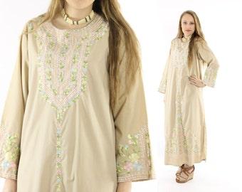 Vintage 70s Caftan Dress Embroidered Maxi Long Sleeve Tunic Tan Pastel Flowers 1970s Medium M Hippie Boho Bohemian Fashion
