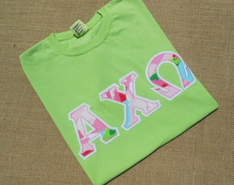 Comfort Colors Short Sleeve shirt ... Unisex sizing..  Appliqued Greek Letter Shirt with Lilly Fabric