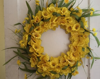 Sunny Yellow Wreath